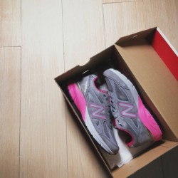 new balance mens shoes 990 new balance womens shoes 990 new balance 990 president racing shoes is the fourth generation of the